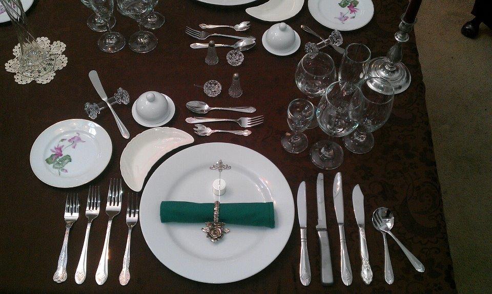 Biens ance table archives apprendre les bonnes mani res - Les bonnes manieres a table en france ...