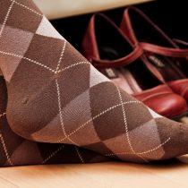 question de politesse chaussettes affront invité ridicule réception mondanité nadine d rothschild maison blanche