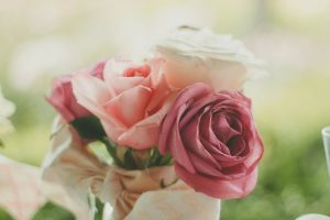 politesse étiquette bonnes manières protocole fiançailles mariage Rothschild guide expert spécialiste coach bonnes manières hanna gas