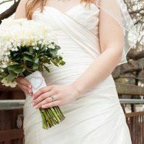 robe blanche âge robe blanche lavande mariage mariée choix robe mariée couleur tradition longue courte protocole aristocratie style